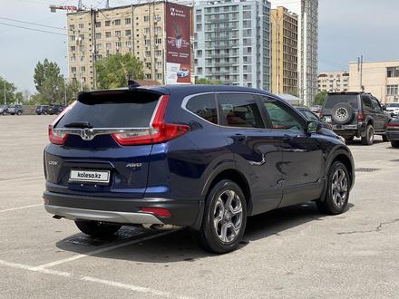 Honda CR-V 2018 года за 12 800 000 тг. в Алматы – фото 6