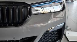 BMW 530 2021 года за 36 500 000 тг. в Караганда – фото 3