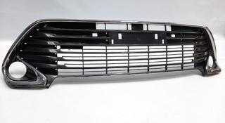 Camry 55 решетка бампера б/у оригинал за 60 000 тг. в Алматы