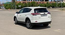 Toyota RAV 4 2018 года за 11 990 000 тг. в Нур-Султан (Астана) – фото 5