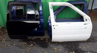 На Nissan Pathfinder двери за 10 000 тг. в Алматы