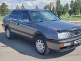 Volkswagen Vento 1992 года за 1 580 000 тг. в Караганда – фото 3