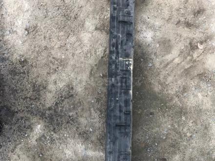 Накладка на задний бампер сурф 130 за 15 000 тг. в Алматы – фото 2