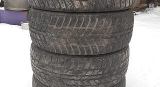 Зимние шины Nokian хорошем состоянии за 25 000 тг. в Шымкент