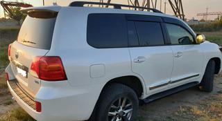 Комплект колёс вместе с шинами от Land Cruiser 200 за 230 000 тг. в Актобе