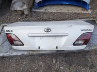 Крышка багажника на Lexus es300 за 20 000 тг. в Алматы
