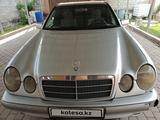 Mercedes-Benz E 240 1998 года за 2 600 000 тг. в Алматы