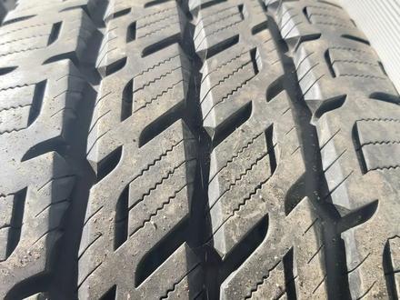 Резина 305/70 r 16 комплект за 280 000 тг. в Рудный – фото 4