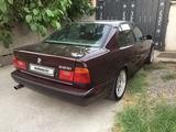 BMW 525 1994 года за 2 100 000 тг. в Шымкент – фото 4