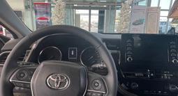 Toyota Camry 2021 года за 16 300 000 тг. в Актау – фото 5