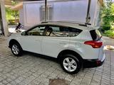 Toyota RAV 4 2014 года за 9 700 000 тг. в Алматы – фото 4