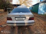 BMW 318 1993 года за 950 000 тг. в Бесагаш – фото 4