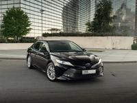 Toyota Camry 2018 года за 13 200 000 тг. в Алматы