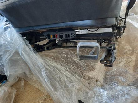 Сиденья комплект от мерса w 210 за 120 000 тг. в Тараз – фото 9