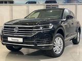 Volkswagen Touareg 2020 года за 28 191 090 тг. в Атырау – фото 2