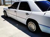 Mercedes-Benz E 200 1989 года за 900 000 тг. в Кызылорда – фото 3