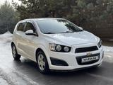 Chevrolet Aveo 2013 года за 3 450 000 тг. в Алматы – фото 3