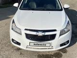 Chevrolet Cruze 2011 года за 2 200 000 тг. в Павлодар – фото 2