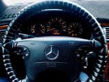 Mercedes-Benz E 320 2001 года за 3 800 000 тг. в Атырау – фото 3