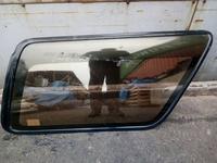 Стекло глухое на Toyota Hilux Surf 130 1989-1995 год за 20 000 тг. в Алматы