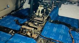 Тотальная профессиональная шумоизоляция авто, обесшумка салона в Алматы – фото 5