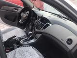 Chevrolet Cruze 2010 года за 3 400 000 тг. в Семей – фото 3