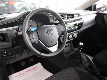 Toyota Corolla 2015 года за 5 450 000 тг. в Семей – фото 2
