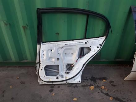 На Lexus GS300 дверь задняя правая за 10 000 тг. в Алматы – фото 2