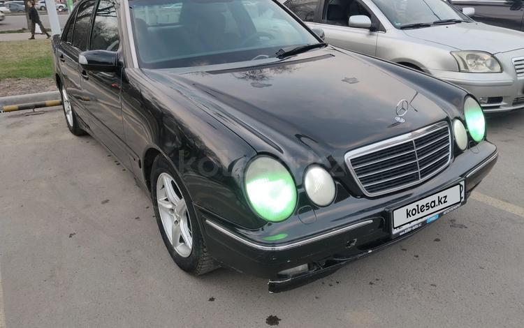 Mercedes-Benz E 200 2001 года за 2 200 000 тг. в Алматы