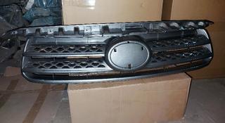 Новую решётку радиатора (дубликат) на Toyota Fortuner за 35 000 тг. в Алматы