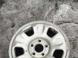 Диски железные на Рено Дастэр в хорошем состоянии. за 20 000 тг. в Актобе