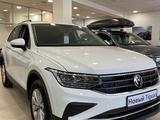Volkswagen Tiguan Respect (2WD) 2021 года за 12 898 000 тг. в Нур-Султан (Астана) – фото 2