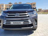 Toyota Highlander 2018 года за 21 333 888 тг. в Нур-Султан (Астана) – фото 3