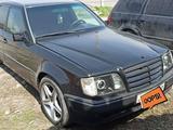 Mercedes-Benz E 320 1994 года за 1 700 000 тг. в Бишкек – фото 2