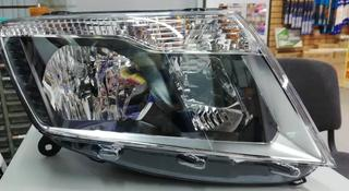 На Nissan Terrano d10 2014 — фара передняя оригинал (новая) за 850 тг. в Алматы
