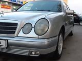 Mercedes-Benz E 230 1997 года за 2 200 000 тг. в Павлодар – фото 5