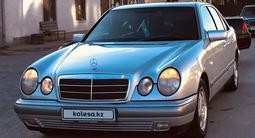 Mercedes-Benz E 230 1997 года за 3 100 000 тг. в Туркестан