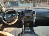 Toyota Land Cruiser 2013 года за 18 000 000 тг. в Жанаозен – фото 5