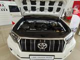 Toyota Land Cruiser Prado 2021 года за 26 340 000 тг. в Атырау – фото 3