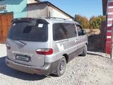 Hyundai Starex 2000 года за 2 300 000 тг. в Туркестан – фото 2