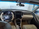 Toyota Highlander 2002 года за 5 400 000 тг. в Актау – фото 3