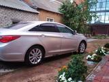 Hyundai Sonata 2011 года за 4 500 000 тг. в Уральск – фото 3