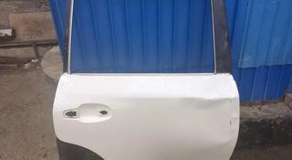 Тойота ленд крузер 200 дверь правый задний б у доставка за 55 000 тг. в Атырау