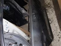 Задняя правая дверь на Volkswagen Passat b6 за 70 000 тг. в Алматы