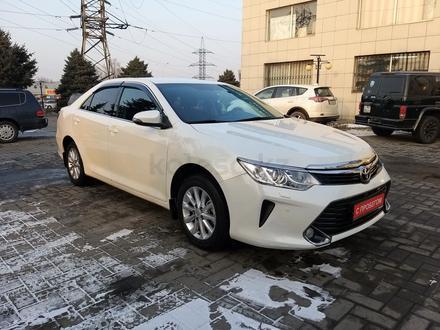 Toyota Camry 2017 года за 10 000 000 тг. в Алматы – фото 3