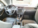 Volkswagen Jetta 2012 года за 4 300 000 тг. в Алматы – фото 3