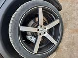 Резину Pirelli 275/40 R22С дисками Vossen за 250 000 тг. в Нур-Султан (Астана) – фото 5