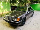Mercedes-Benz E 200 1991 года за 2 200 000 тг. в Алматы – фото 2