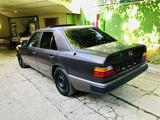 Mercedes-Benz E 200 1991 года за 2 200 000 тг. в Алматы – фото 4