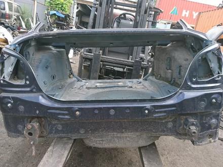 Задняя часть кузова на БМВ е60 за 200 000 тг. в Алматы – фото 2